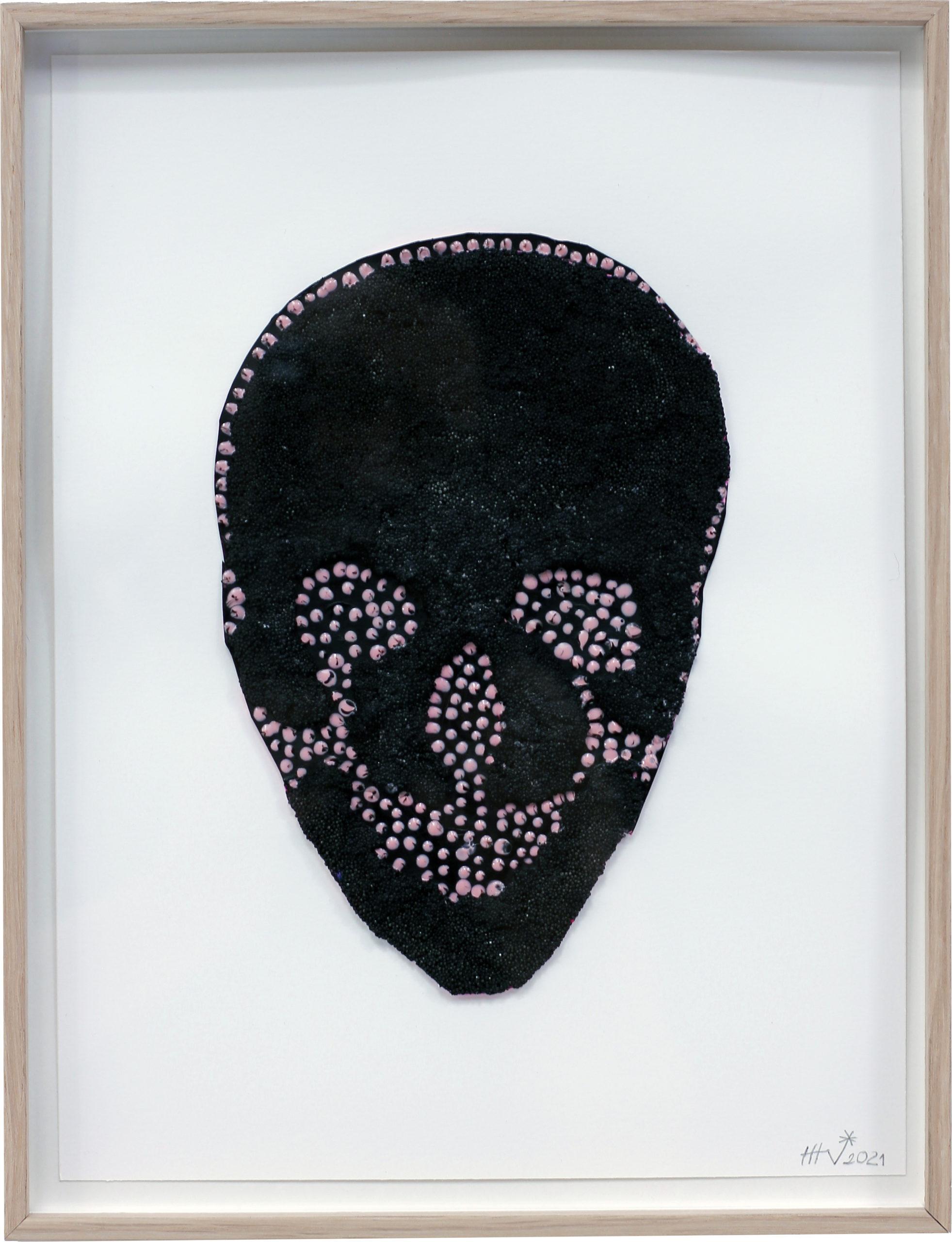 LA NEGRA. Masilla y tinta negra sobre papel 27x35cm. Enmarcado 2021